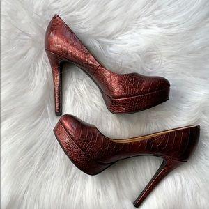 Gianni Bini burgundy heels 7.5